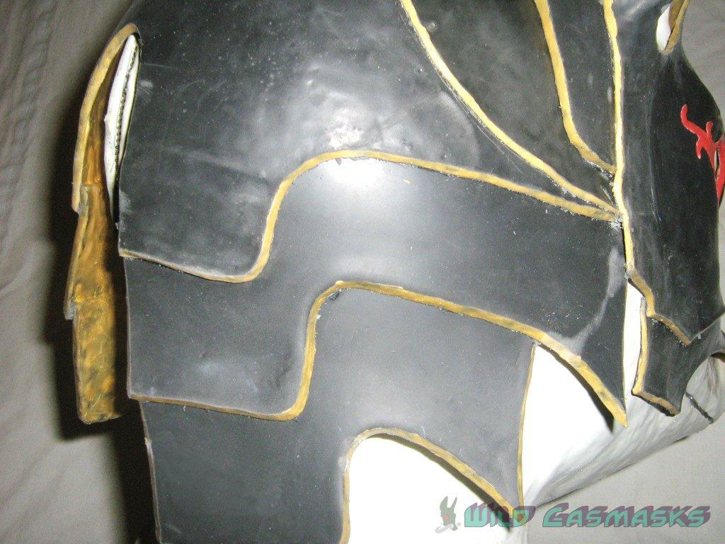 Jackal 100 - Back Armor Detail