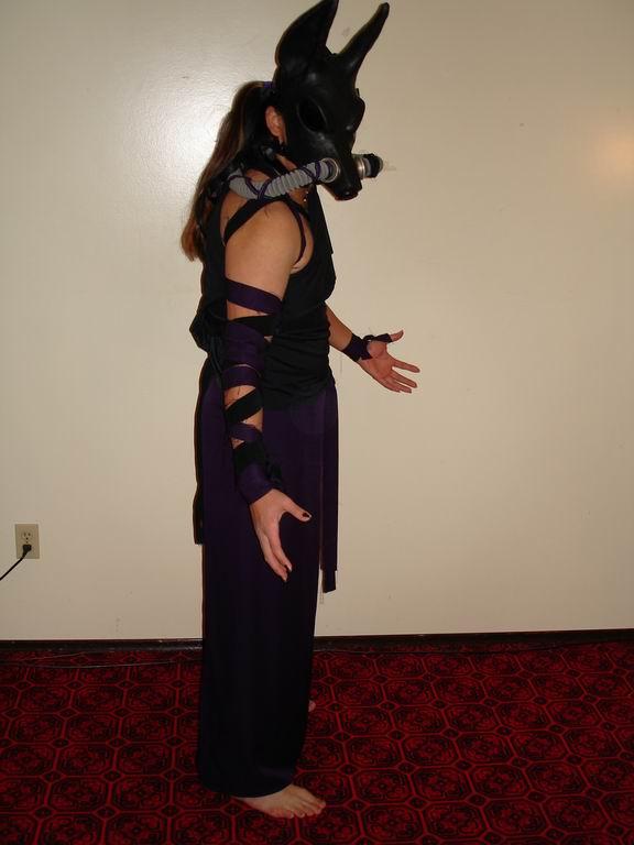 Vlens Costume - Side